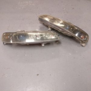 Honda Integra DC2 – Front Headlights