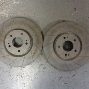 Mitsubishi Evo 5-9 – Pair of Front 32mm Grooved Brake Discs
