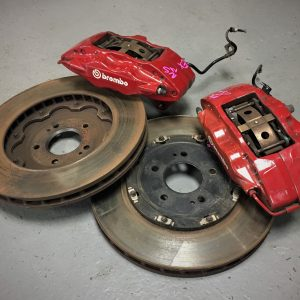 Mitsubishi Evo 10 – 350mm Front Brake Calipers & Discs Kit