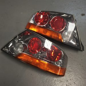 Mitsubishi Evo 8 – OEM Rear Lights