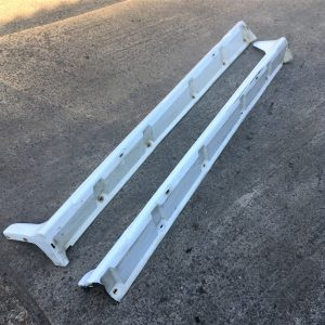Mitsubishi Evo 5/6 – OEM Side Skirts (87089993)