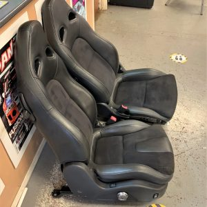 Nissan R35 GTR 2009 – OEM Half Leather Front Seats (94012000)